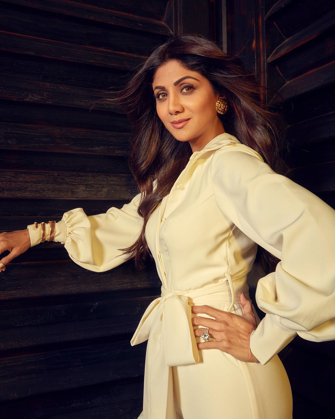 Shilpa Shetty's all white look is perfect for your next brunch party with girls; Check it out