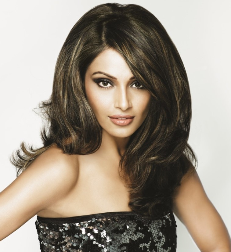 Bipasha basu nude moving charming message