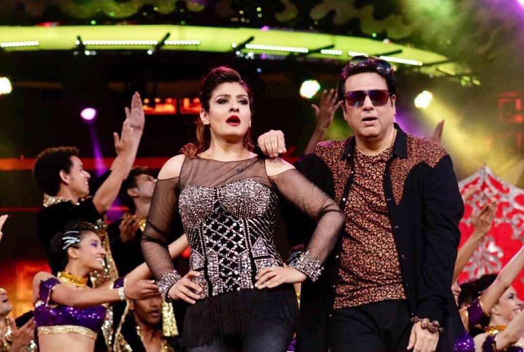 Lip sing battle govinda and raveena tandon dance to chalo ishq lip sing battle govinda and raveena tandon dance to chalo ishq ladaye on farah khans show pinkvilla altavistaventures Choice Image