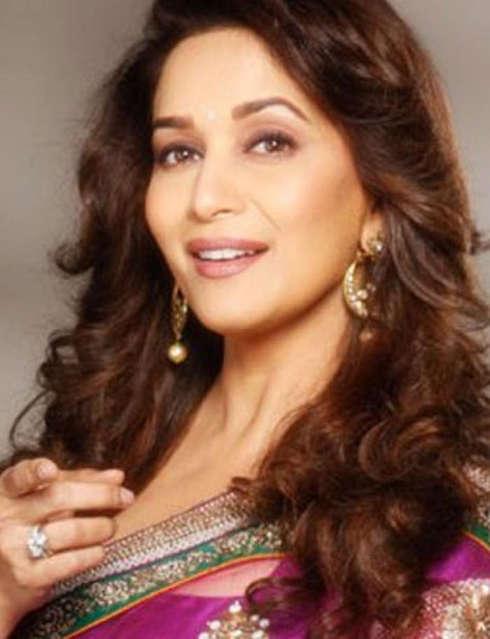 Exclusive Madhuri Dixit To Play A Courtesan In Kalank Pinkvilla