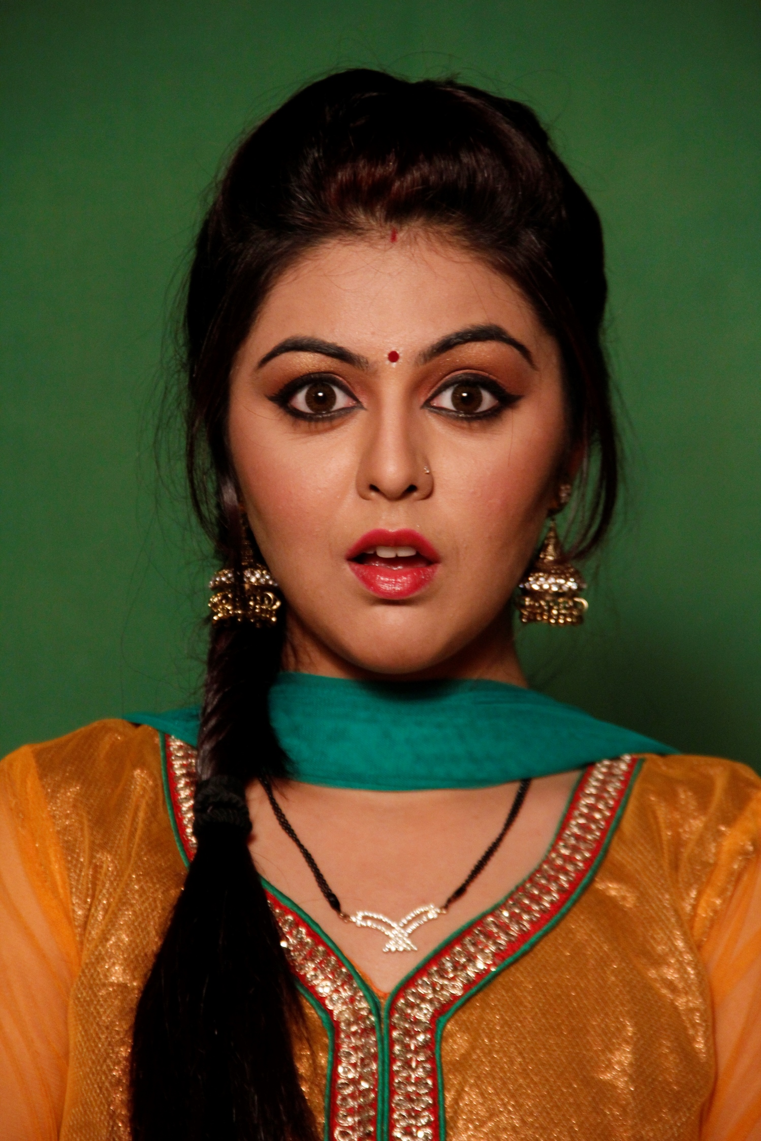 chidiya ghar 'chidiya ghar' is the story of a fun-loving family comprising of different members  with their unique mannerisms as per their different names,.