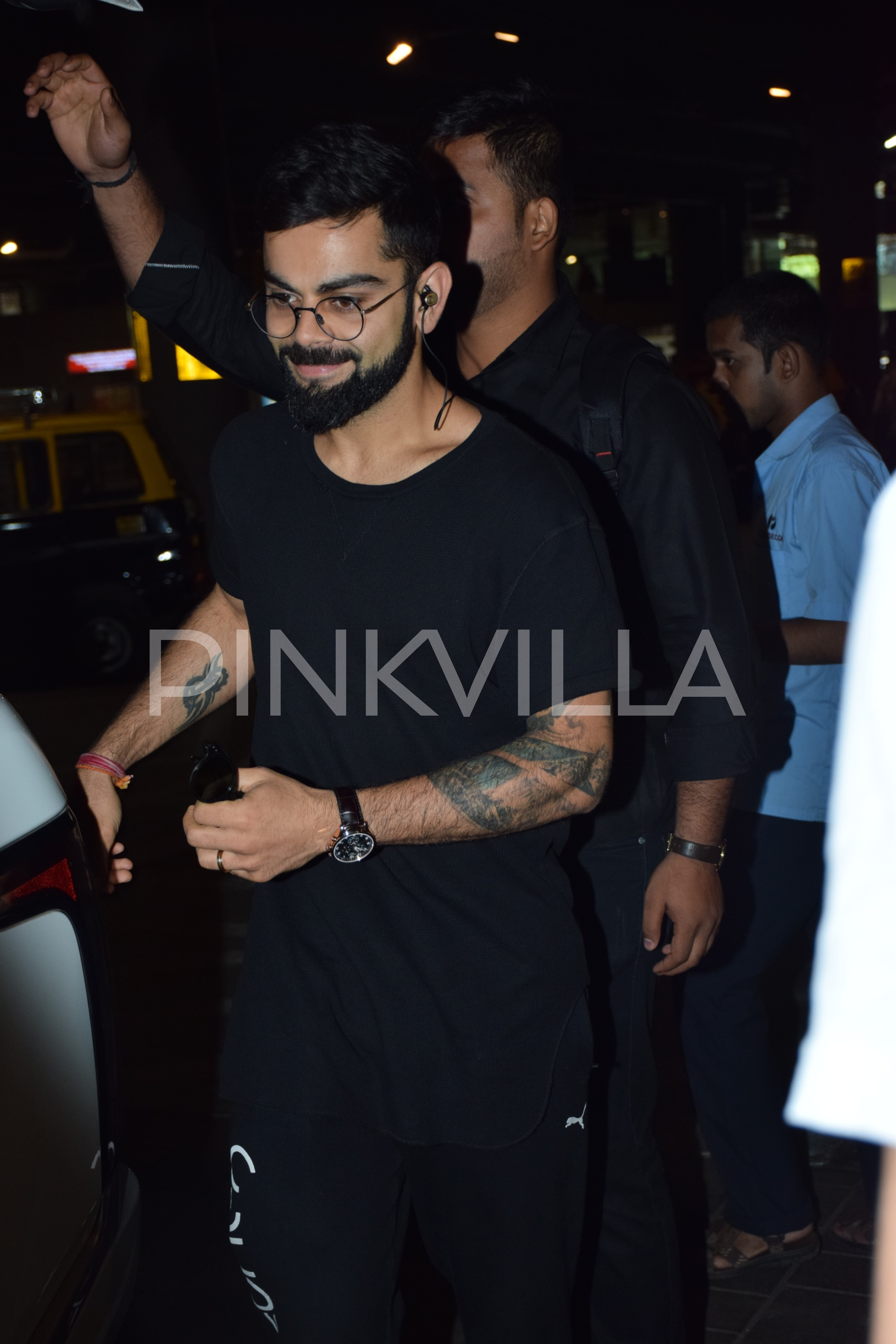 Virat Kohli Opts For An All Black Look At The Airport