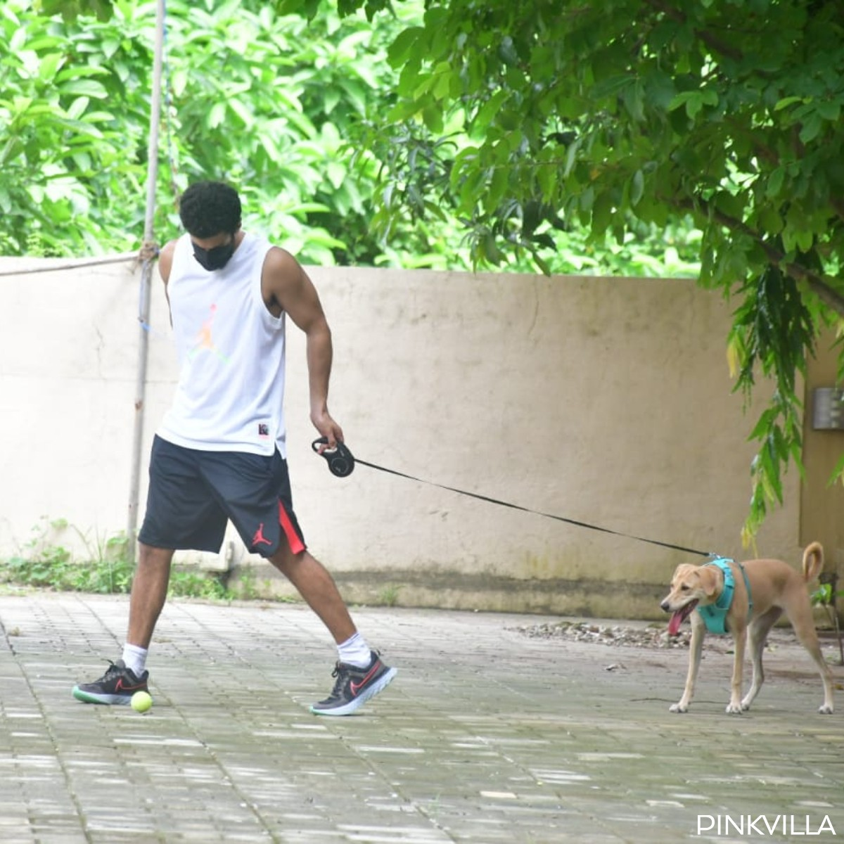 PHOTOS: Aditya Roy Kapur opts for cool casuals as he gets clicked with his dog