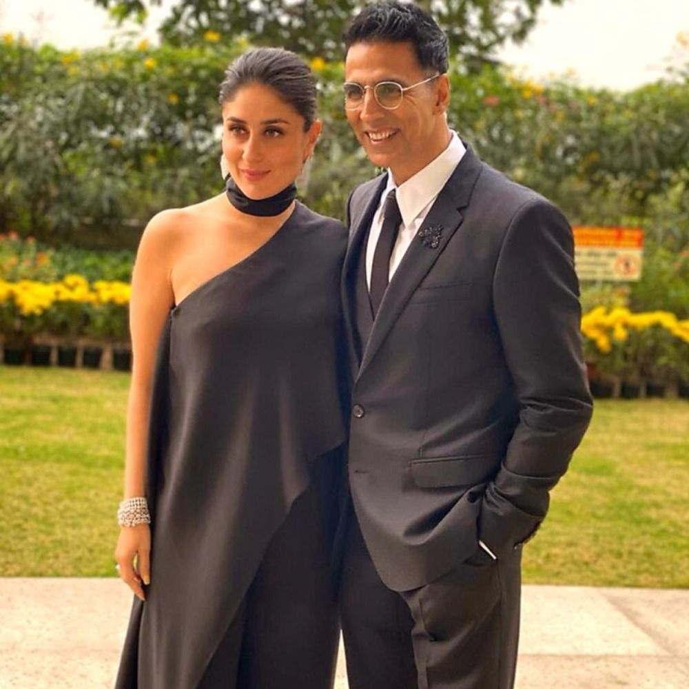 Akshay Kumar & Kareena Kapoor Khan are a sight to behold as they twin in black at an event in Delhi; See Pic