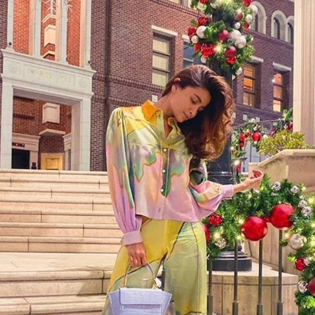 You HAVE to see Alia Bhatt's colourful retro inspired look, like NOW!