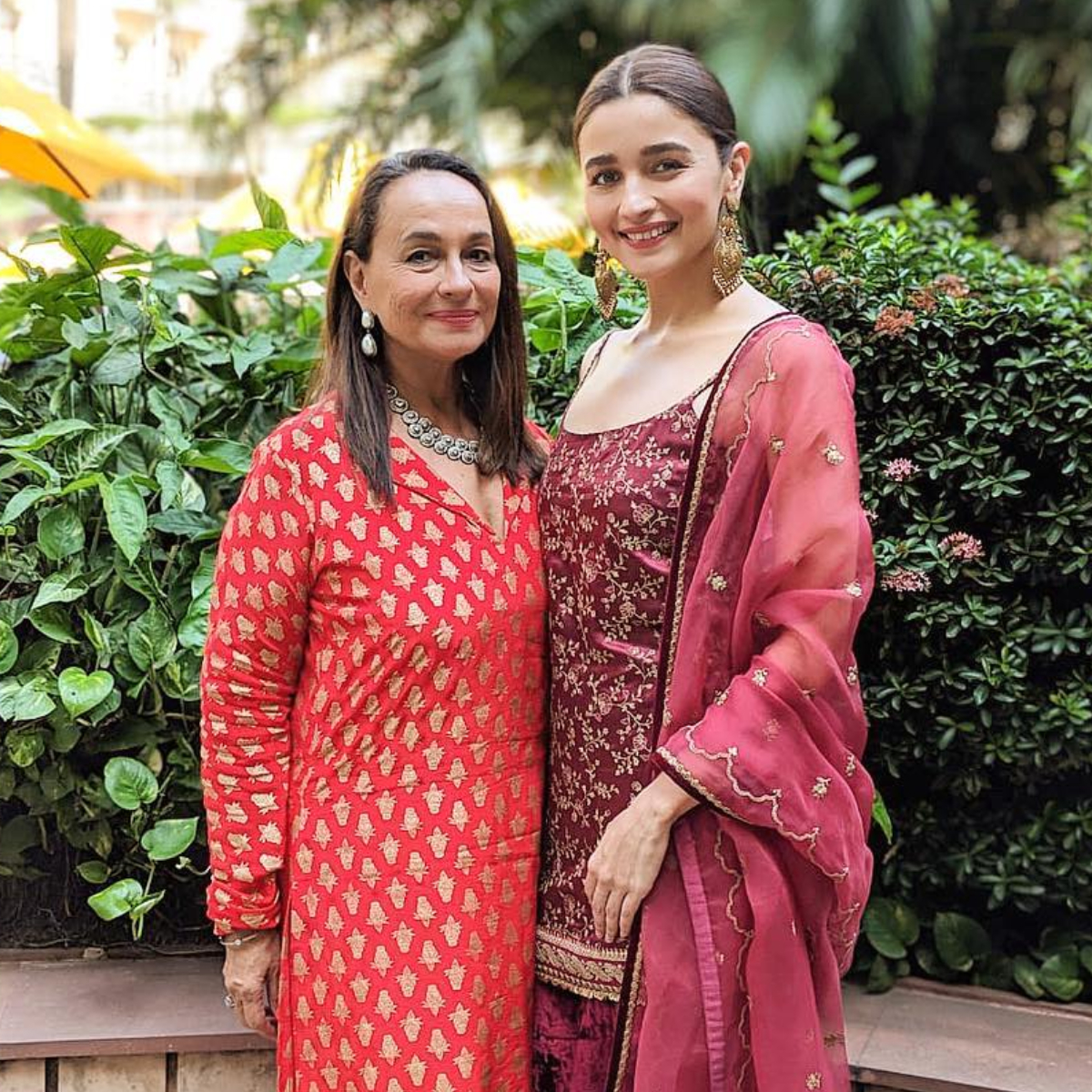 Alia Bhatt gets emotional on receiving a sweet note by mother Soni Razdan; Check it out