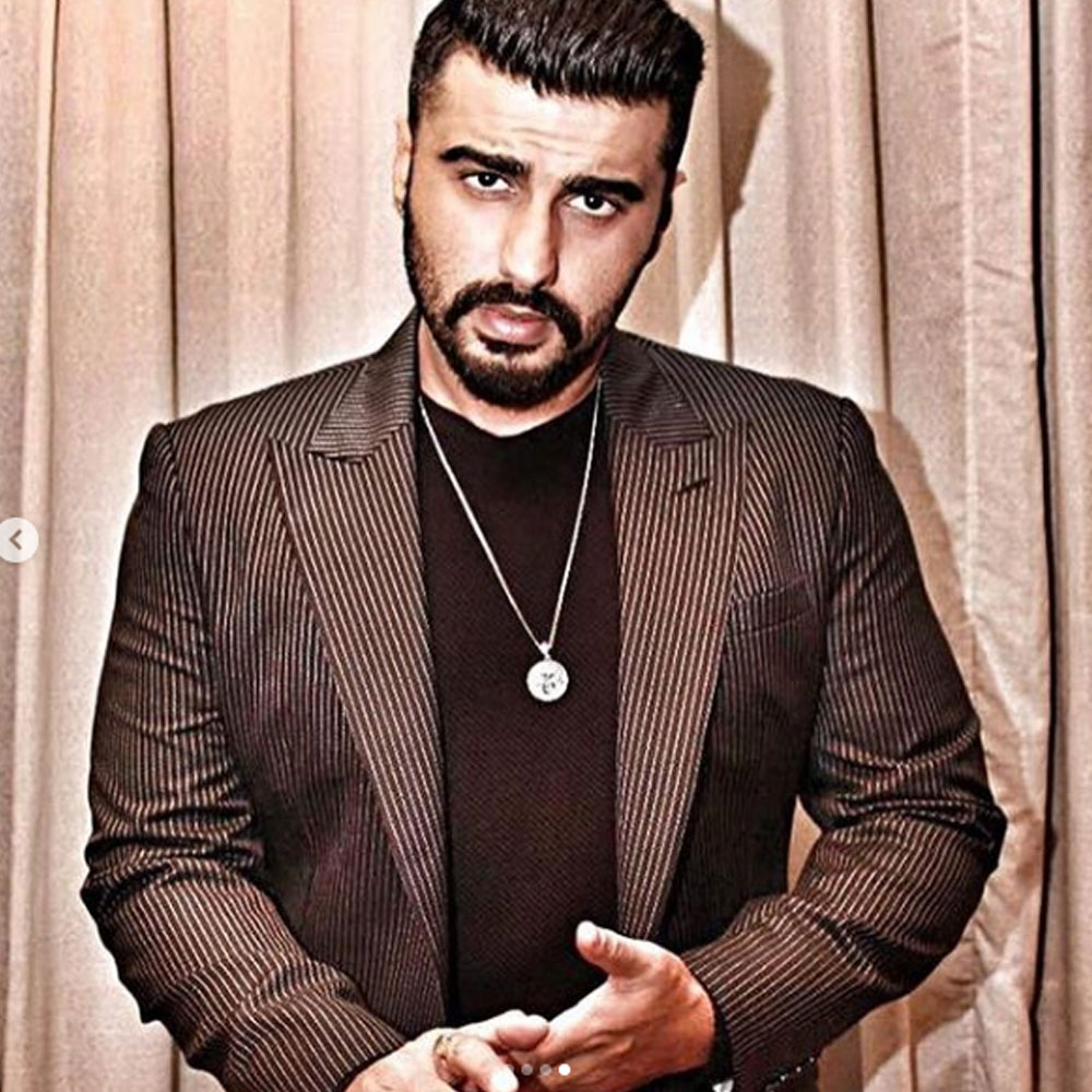 Arjun Kapoor is a diehard Mr. India fanboy and THIS picture is a proof; See Post