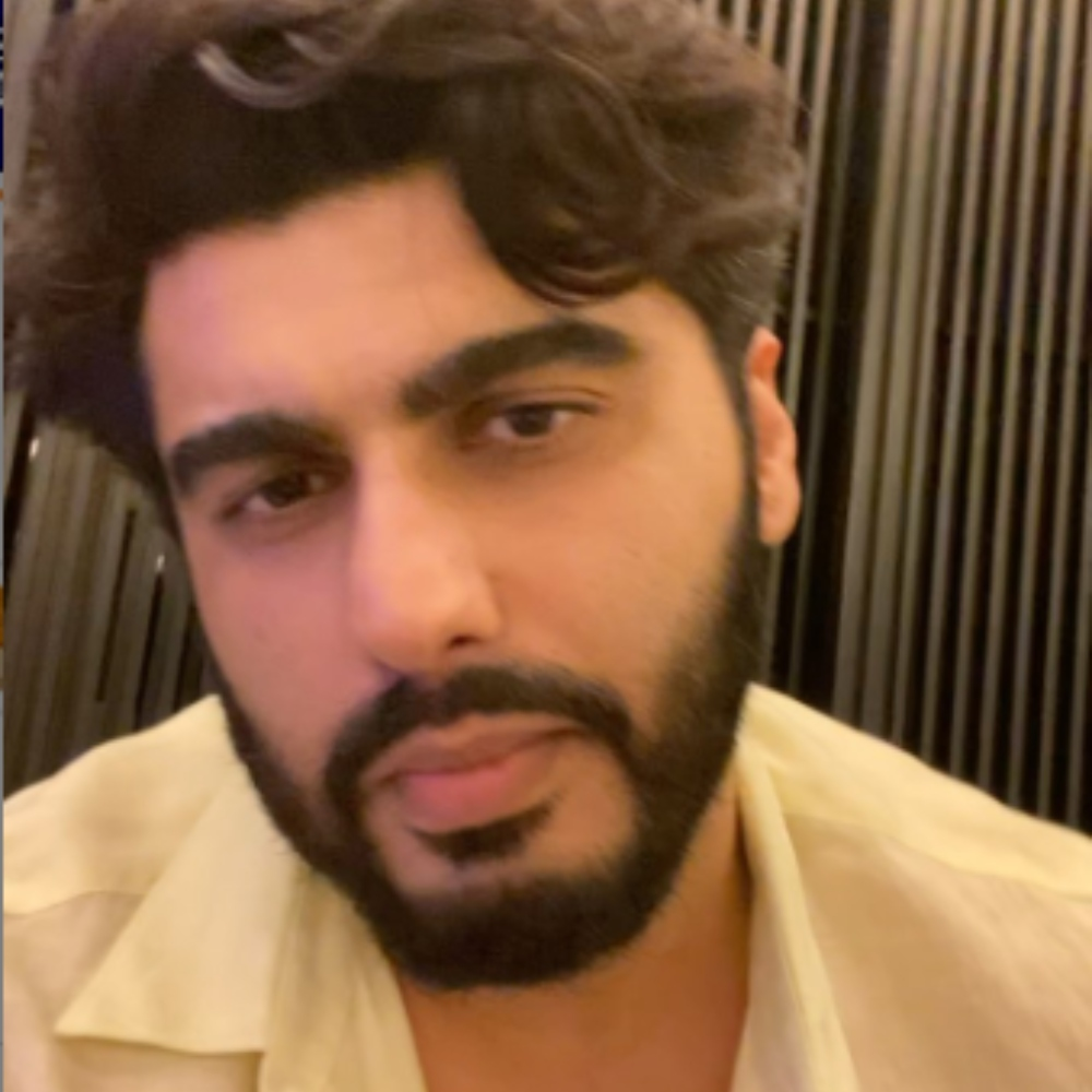 Arjun Kapoor remembers mom Mona Kapoor on Mother's Day; Also shares an emotional message for fans