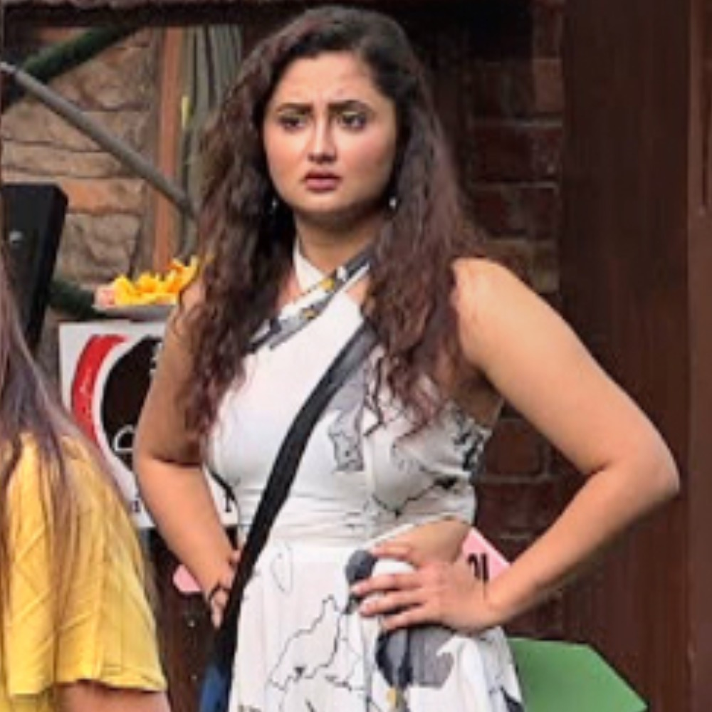Bigg Boss 13 PROMO: Rashami Desai calls Vishal 'bewakoof' for his comments on her video with Sidharth Shukla