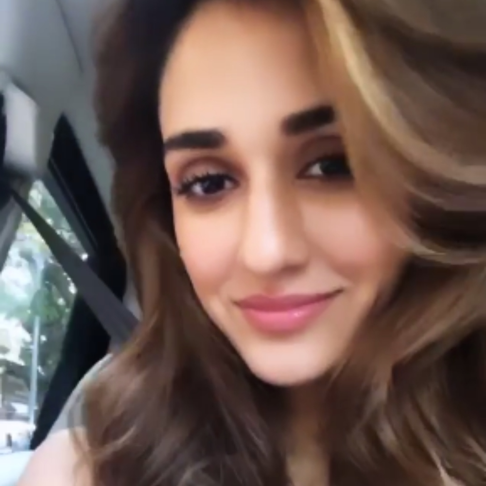 Disha Patani paints a pretty picture as she lets her hair down; View PIC