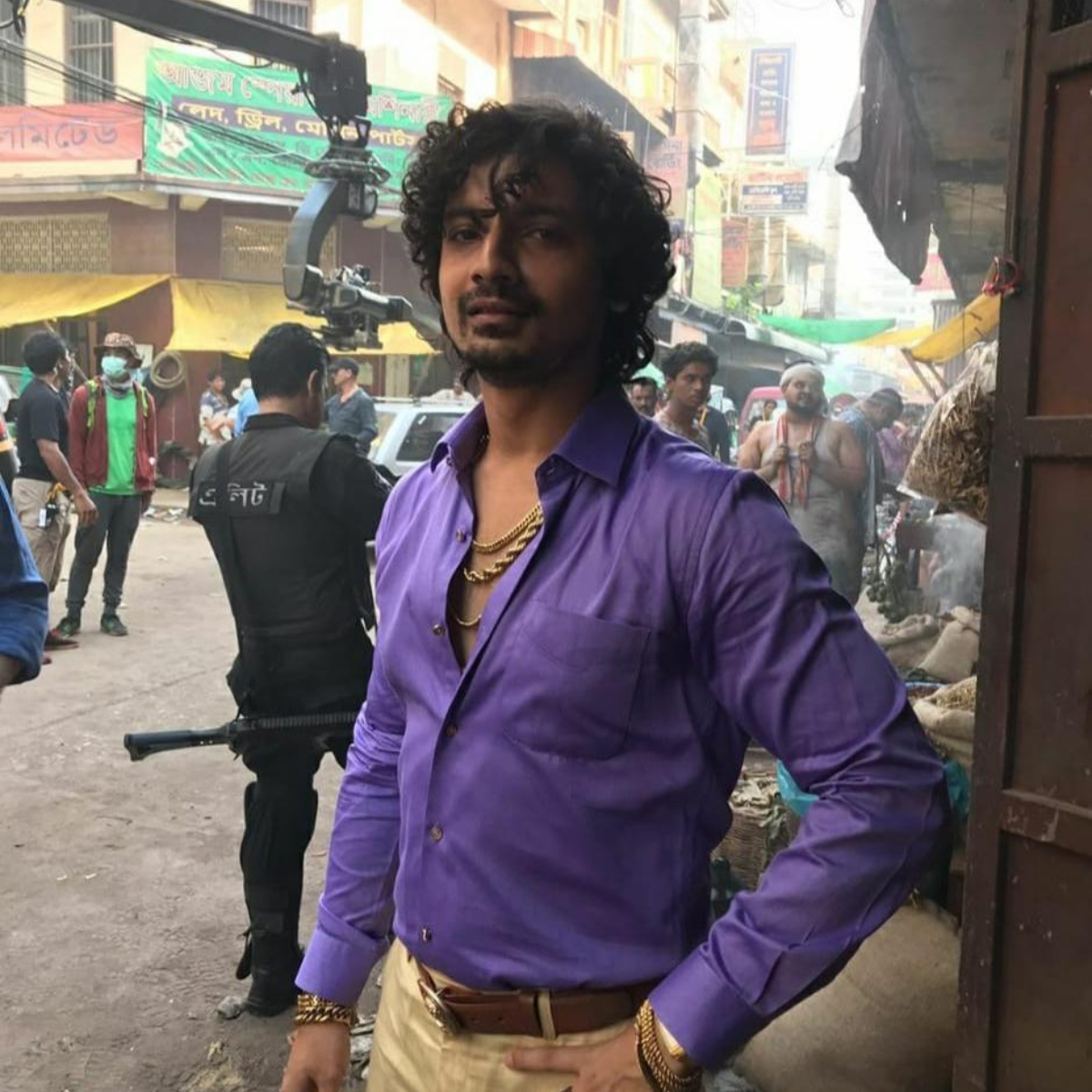 Extraction Star Priyanshu Painyuli Has A Unique Take On His Look In Chris Hemsworth S Netflix Flick Pinkvilla