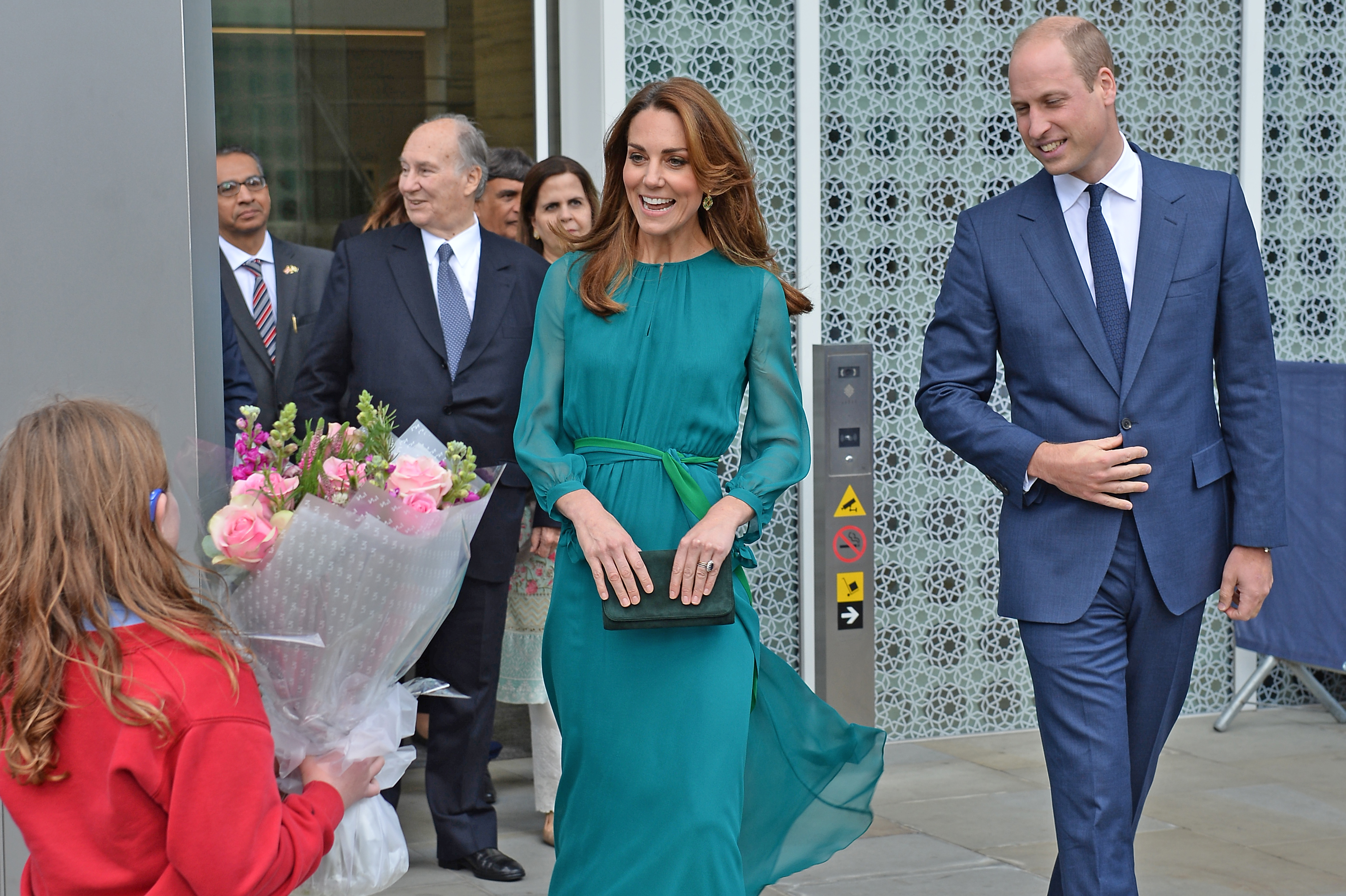 Kate Middleton and Prince William to arrive in Pakistan today; 1,000 police officers in action for royal tour