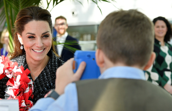Kate joins creative workshop for patients at children's hospital