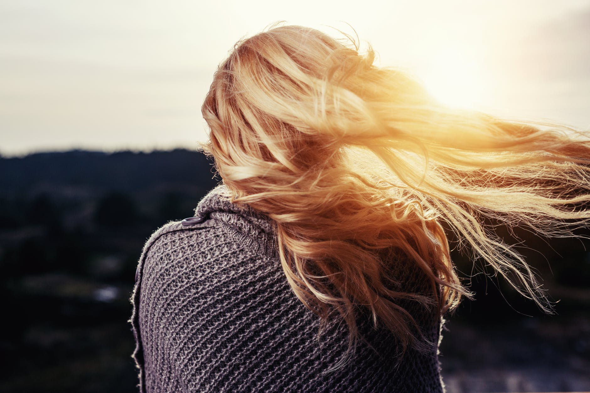Hair Static: What is it and how to FIGHT it