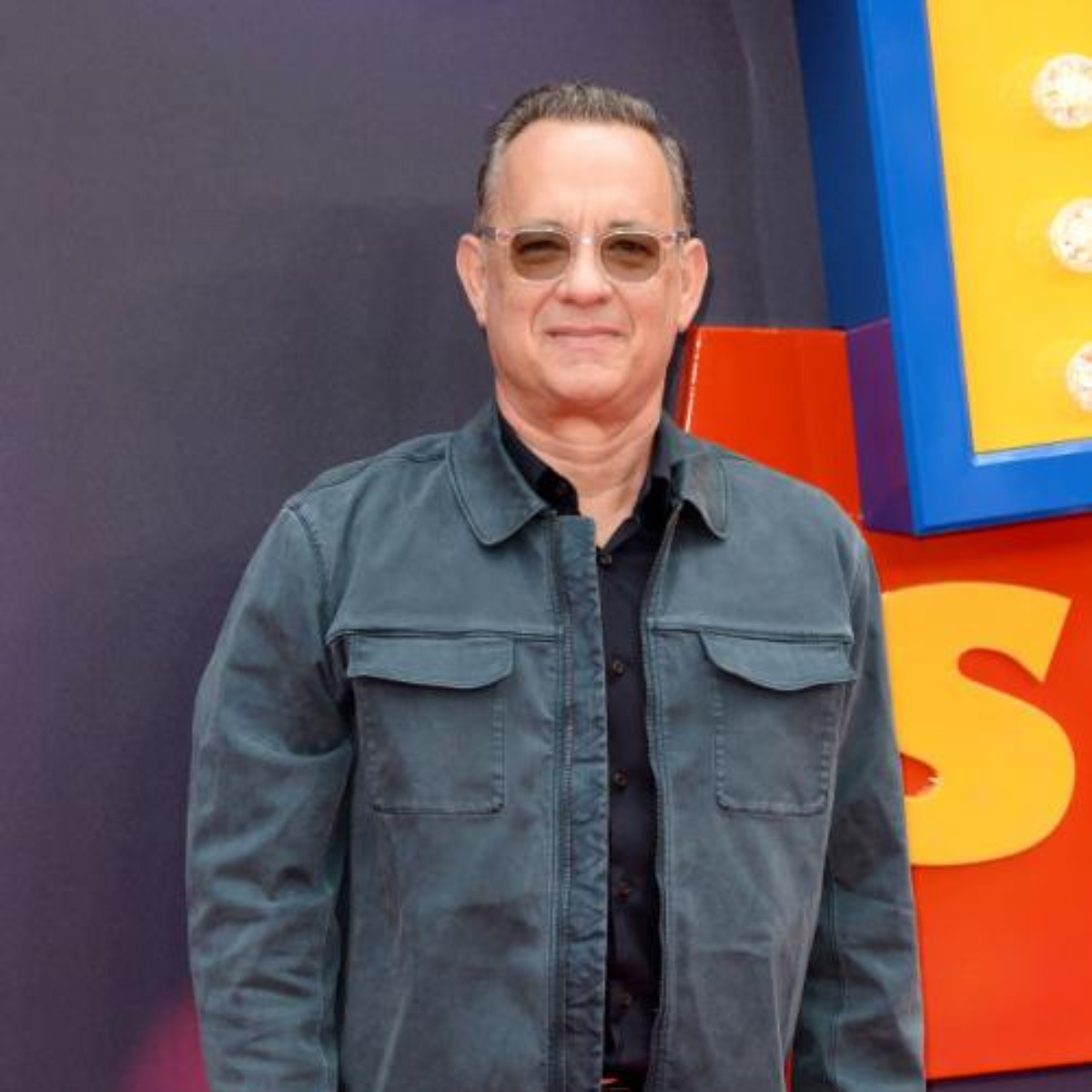 A Beautiful Day In The Neighborhood Tom Hanks Says This On Knowing He S Related To Fred Rogers Pinkvilla