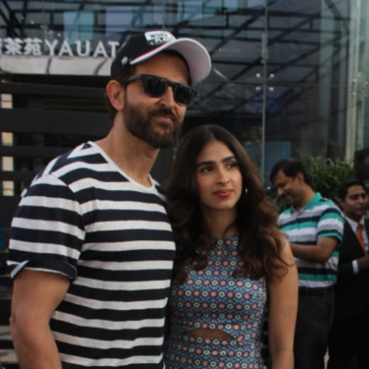 PHOTOS: Hrithik Roshan looks uber cool as he steps out with his family to celebrate sister Pashmina's birthday