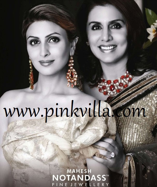 Gallery images and information: Riddhima Kapoor And Neetu Kapoor