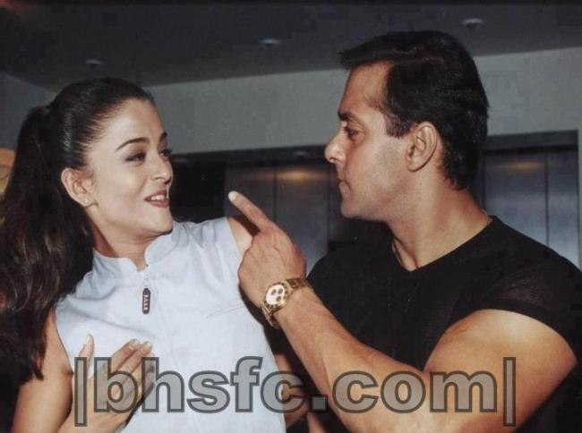 Salman Khan With Aishwarya Rai During Some Event