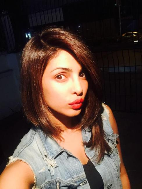 priyanka chopra haircut in anjana anjani