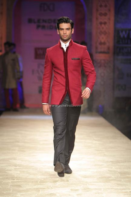Jodhpuri Suits Manish Malhotra presents Manish Malhotra s