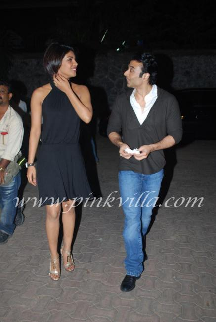 Priyanka Chopra & Uday Chopra promote Pyaar Impossible on DPL sets 100571