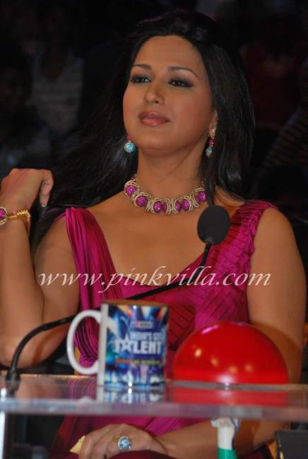 Sonali Bendre on Location of India's Got Talent Show ...