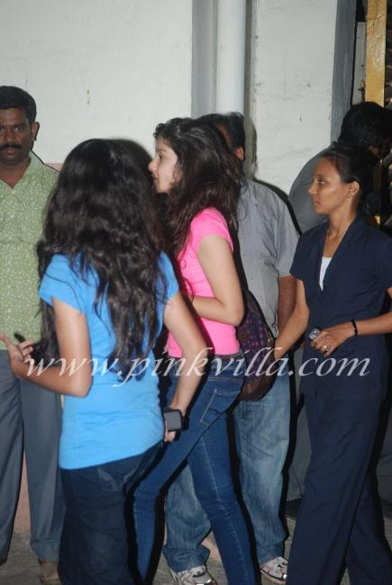 Girl in pink is Maheep & Sanjay kapoor's daughter