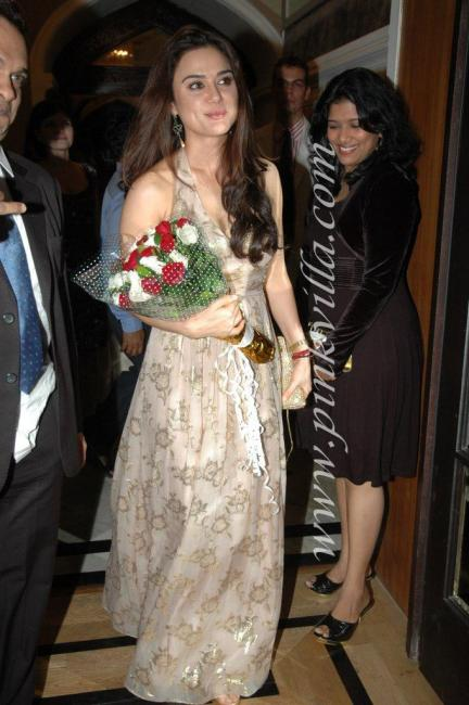 DSC 1020preview - Preity Zinta graces France Independence day celebr