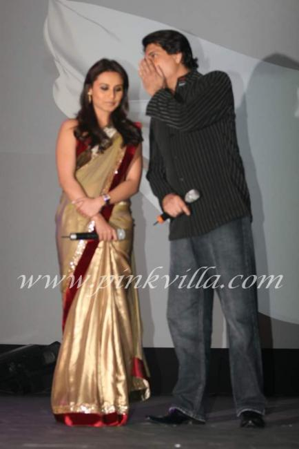 eijaz khan and sara khan - photo #6