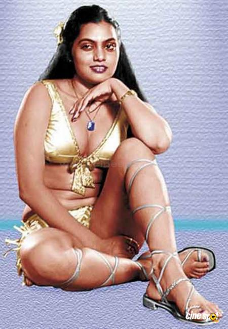 Vidya is playing the late South Indian sex bomb, item girl Silk Smitha.