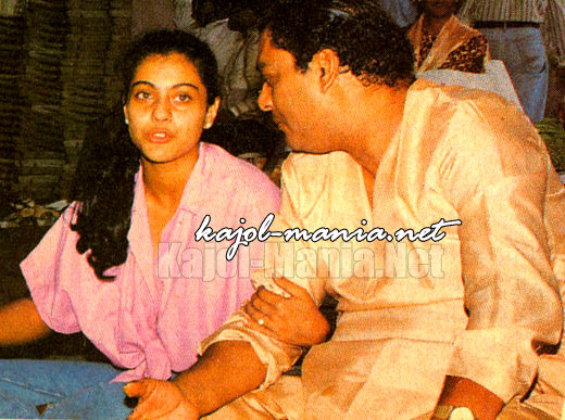 kajol with her father