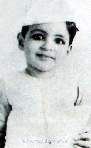 "Amitabh was fondly called ""MUNNA"" by his mother"