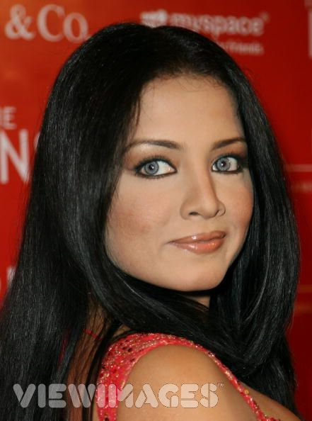 black eyes makeup. Celina Jaitley#39;s EYE MAKEUP?quot;