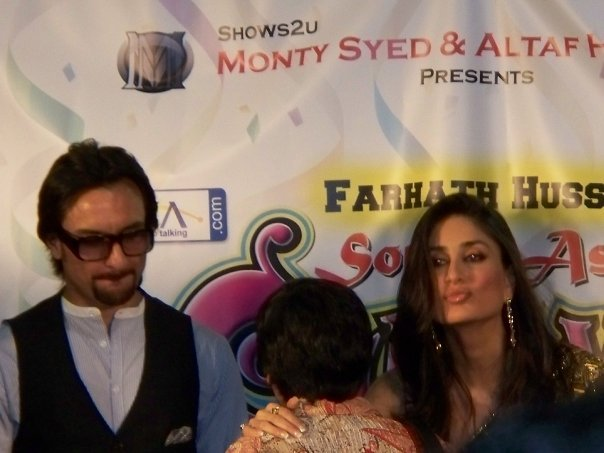 Kareena Kapoor & Saif Ali Khan at the South Asian Carnival - Chicago 89537