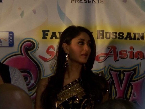 Kareena Kapoor & Saif Ali Khan at the South Asian Carnival - Chicago 89528