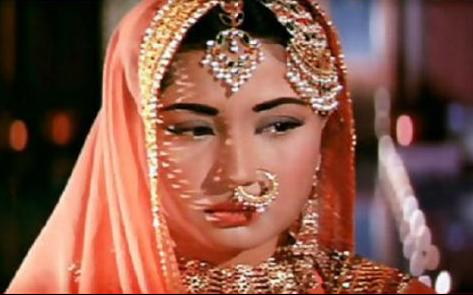 Meena Kumari (Pakeezah): Pakeezah was tragedy queen Meena Kumari's last film that saw her give the performance of a lifetime. Down with long illness Meena Kumari still showed filmbuffs the stuff that she was made of. No wonder even her nimble feet made Raj Kumar wax eloquent!