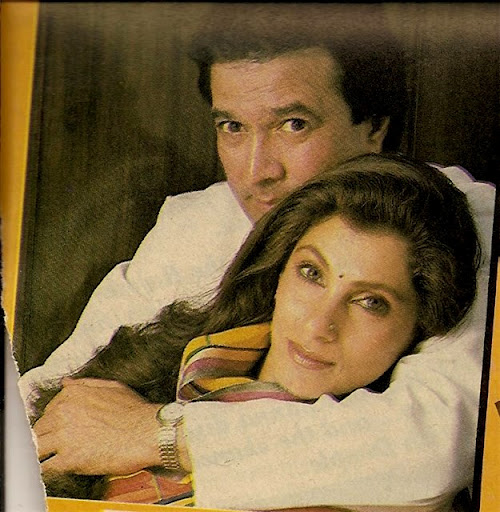 Love at first sight for Rajesh Khanna. He met Dimple for the first time on a flight and their love story began