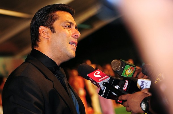 **Salman khan IIFA Awards 2010!!** Sala4