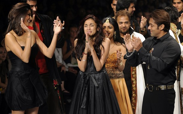 sanjana9 - Salman & Sohail Khan Walk the Ramp for Sanjana Jon
