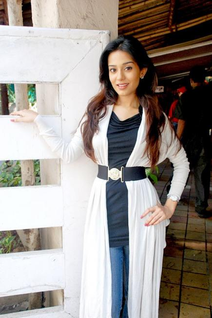 Amrita Rao meets media for Welcome to Sajjanpur 46928