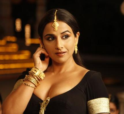 Vidya Balan ( THE DIRTY PICTURE): She is the latest Khan of Bollywood. as Silk sizzled on screen and made men feel guilty for ogling at her in the dark confines of theatres. Her pout, cleavage dipping outfits and saucy come hither looks made her seem real and won her most popular awards.