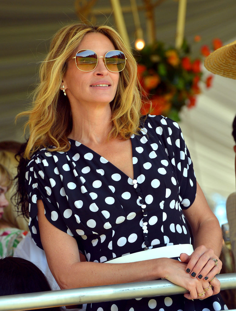 Julia Roberts looks like the ultimate 'Pretty Woman' in a polka dot Michael Kors outfit; Check it out