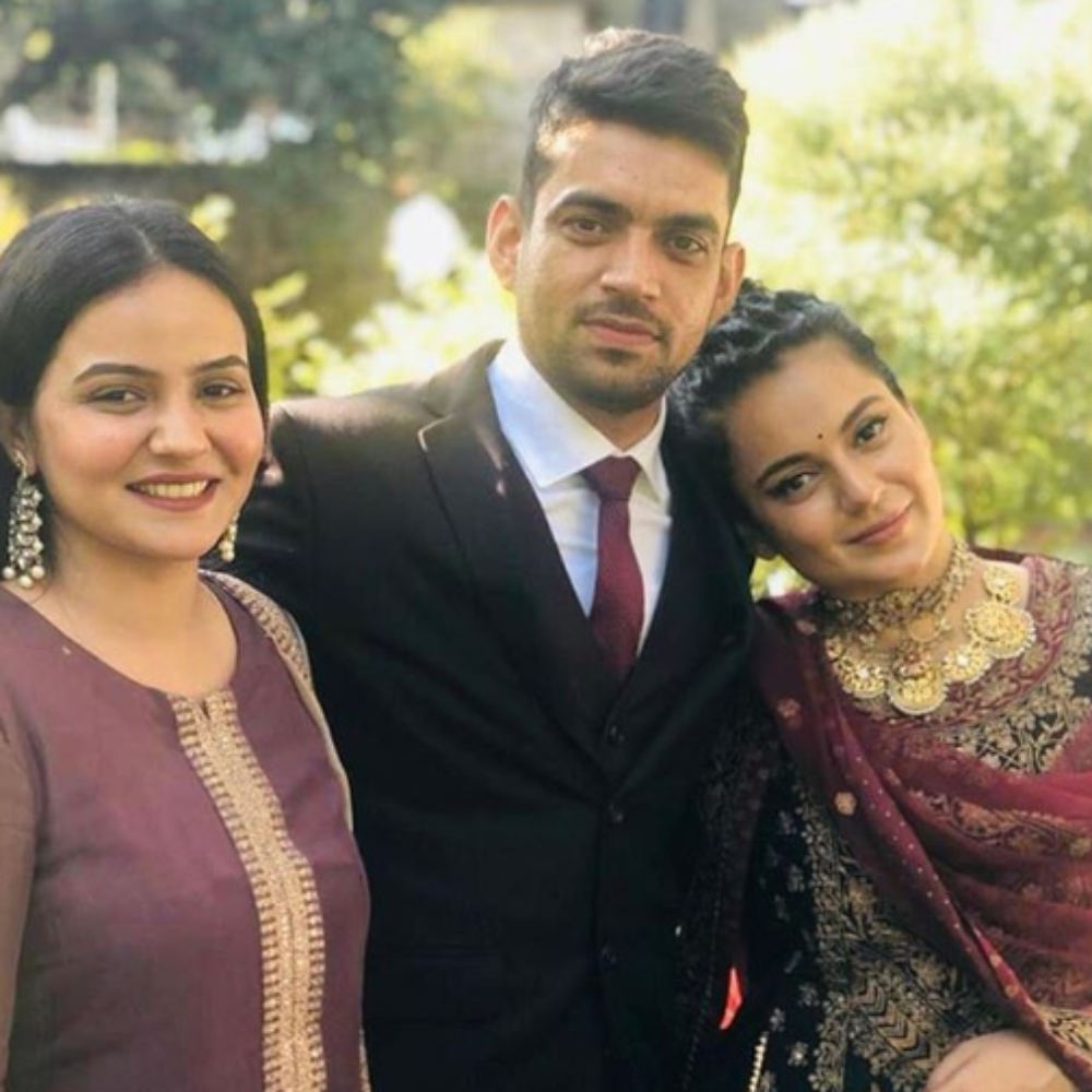 PHOTO: Kangana Ranaut dresses her traditional best as she attends her cousin's engagement in Himachal Pradesh