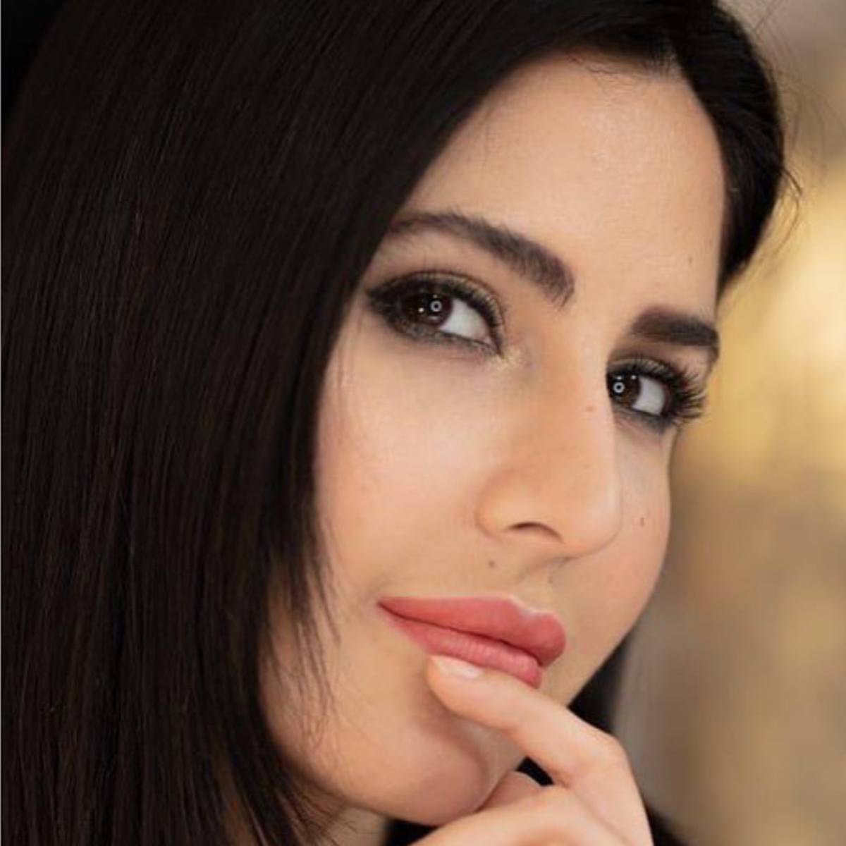 Katrina Kaif's enticing close up picture will make you fall head over heels for her; Check it out