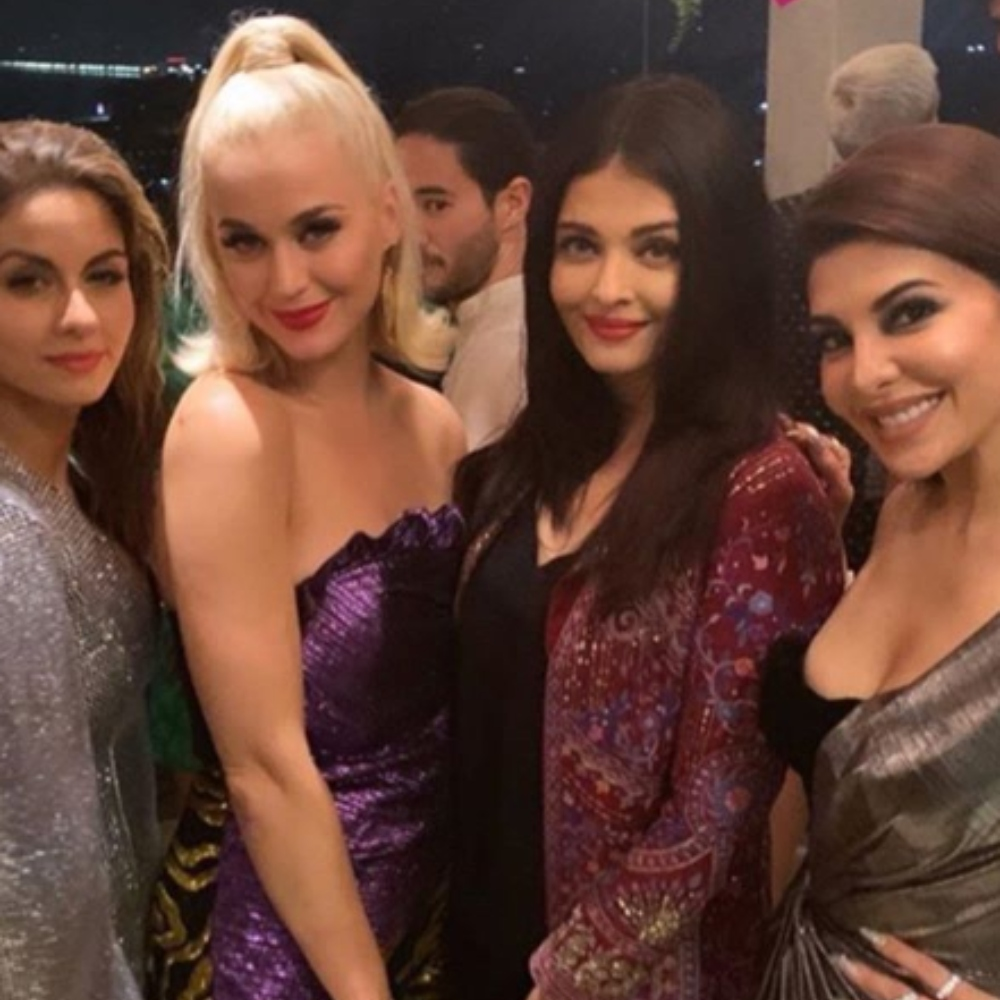 Katy Perry gets a warm welcome from Ananya Panday, Aishwarya Rai & others at Karan Johar's party; Take a look