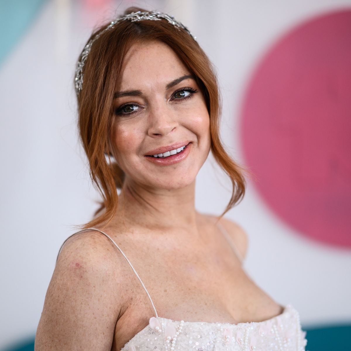 Lindsay Lohan REVEALS she will release a new music soon; Details Inside