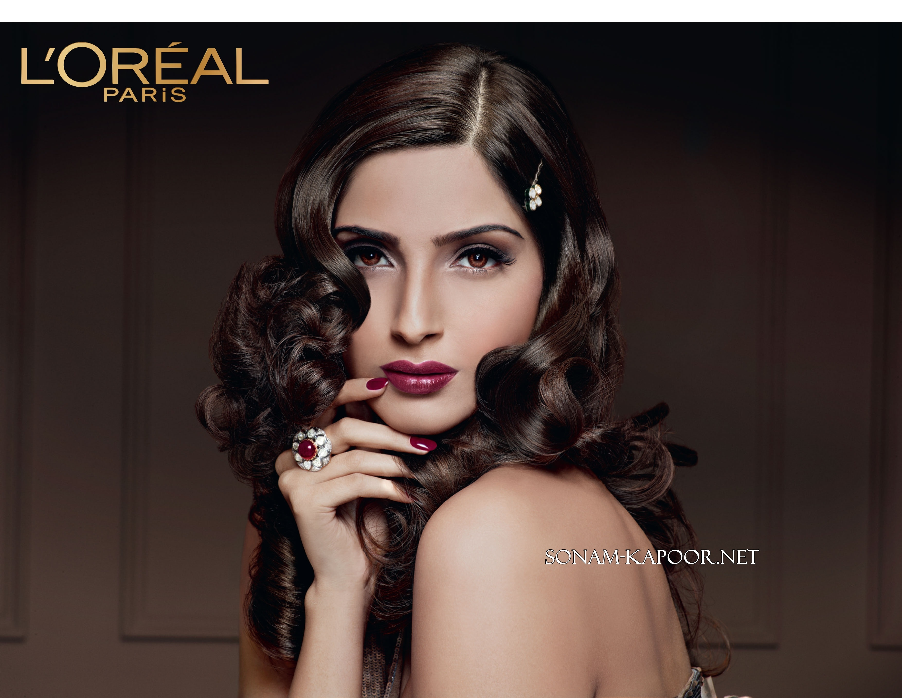 loreal background 4 reviews of loreal northcraft first noticed l'oreal when i saw that all the homes in our neighborhood sold within such a short amount of time at high prices so i gave her a call, and from the beginning she has always been very prompt and.