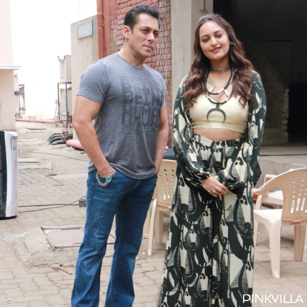 PHOTOS: Salman Khan joins co stars Sonakshi Sinha and Saiee Manjrekar to promote Dabangg 3 in the city