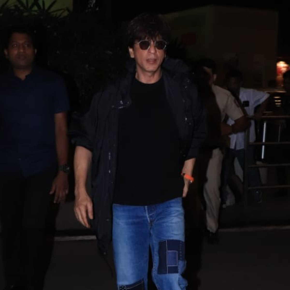 PHOTOS: Shah Rukh Khan looks suave in his casual outfit when snapped in the city