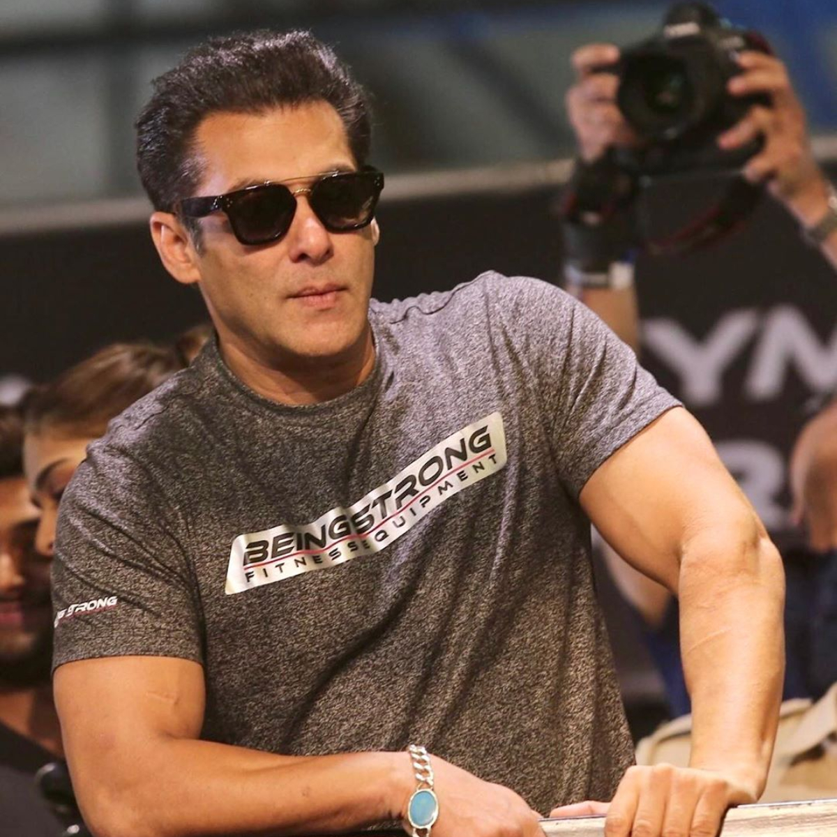 Radhe: Your Most Wanted Bhai: Salman Khan ditches his fancy car and chooses to cycle to the sets of the film